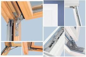 Roto центрально-поворотне вікно Designo R45 K WD (ПВХ) 54 х 118